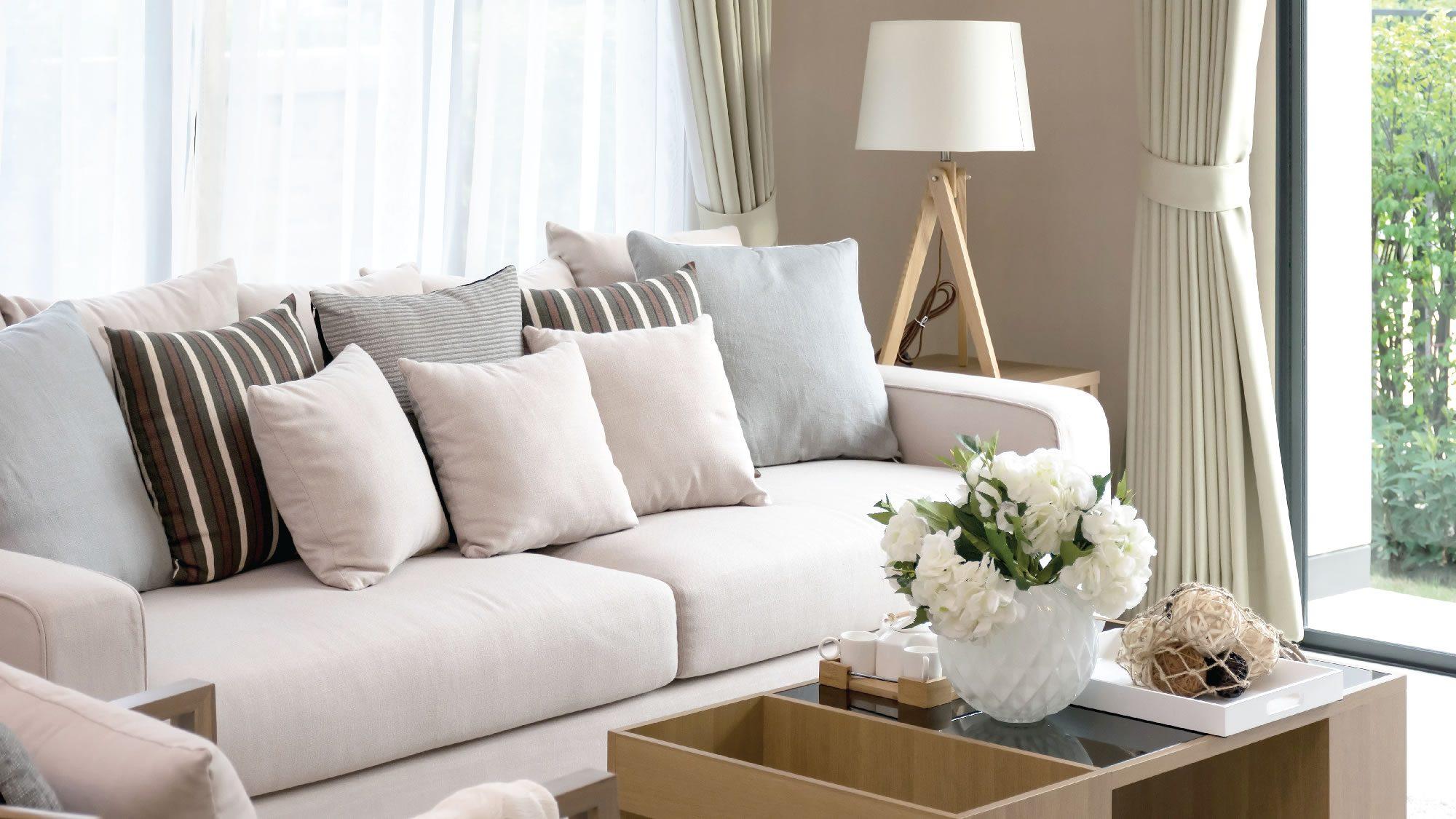 Hal yang Mungkin Terjadi pada Sofa yang Tak Pernah Dicuci
