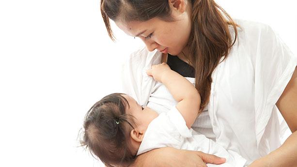 Pilihan Vitamin Ibu Menyusui Untuk Membantu Kecerdasan Si Buah Hati